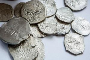Первые серебряные монеты в мире